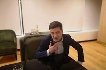 Volodymyr Zelensky a discuté avec Emmanuel Macron