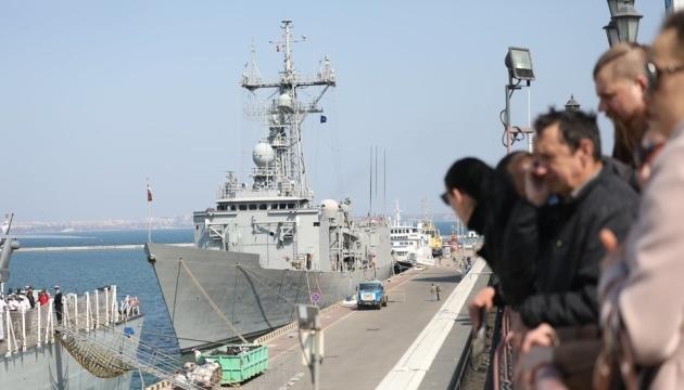 NATO frigates Toronto and Santa Maria already in Odesa port. Photos