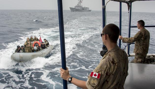 Боротьба з піратством: Канада відправила до Африки додаткові кораблі та авіацію