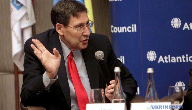 Кремль зупинить агресію, якщо не зможе маніпулювати українською політикою - Гербст