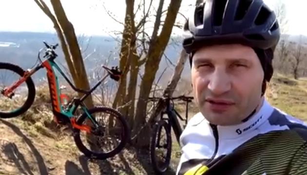 Fahrradsaison: Vitali Klitschko will 5000 Kilometer radeln - Video