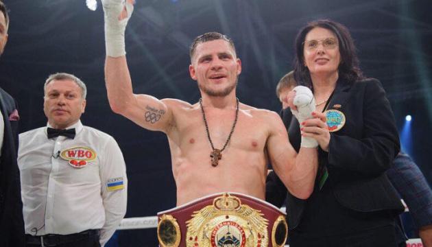 Українець Берінчик може розпочати проводити боксерські бої в США