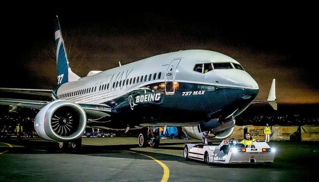 Азербайджан відмовився від купівлі десяти Boeing 737