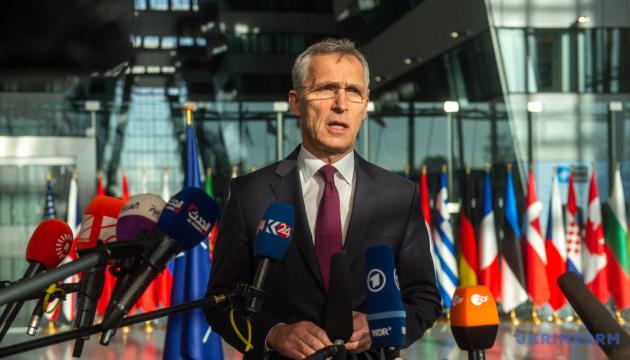 Страны НАТО должны быть готовы к прекращению ракетного договора с РФ — Столтенберг