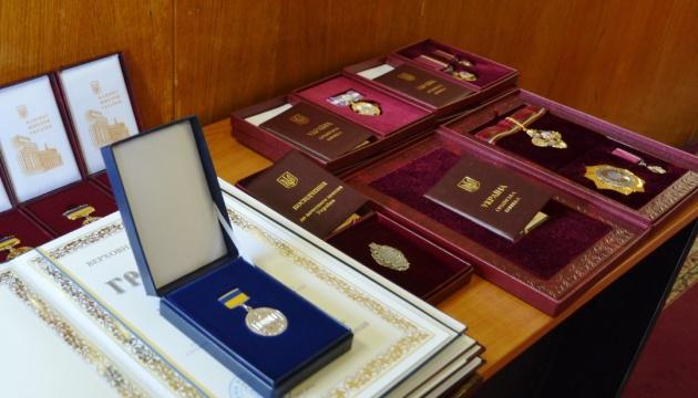 Жданов вручив державні нагороди спортсменам Костевич, Герею, Ткач і Прищепі
