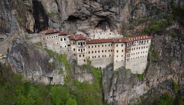 В Турции посетителям откроют уникальный монастырь