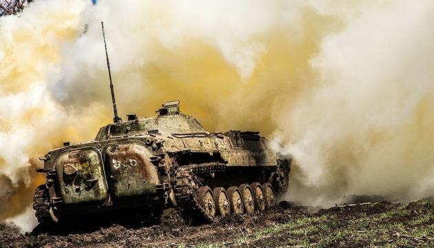 W Donbasie - 21 razy ostrzelano stanowiska Sił Zbrojnych Ukrainy – jeden żołnierz zginął, a dwóch jest rannych