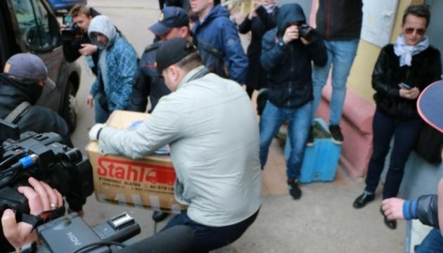 Обыски в Беларуси: из офиса польского телеканала забрали компьютеры