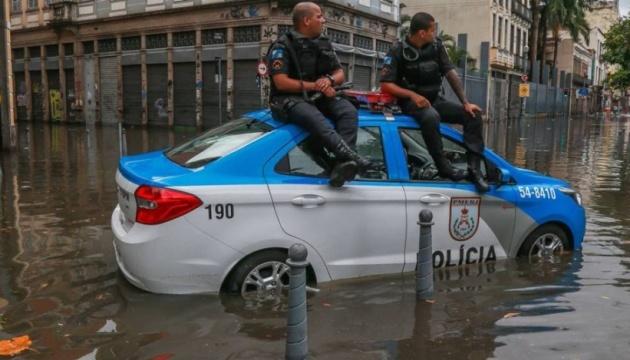 У Ріо-де-Жанейро через повені загинули семеро людей