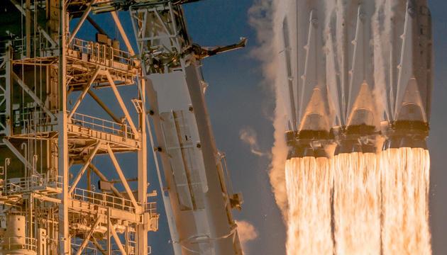 Ілон Маск показав прототип корабля Super Heavy з випробувального полігону