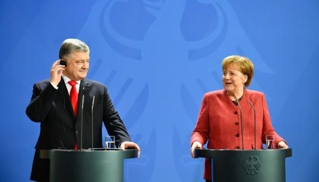Порошенко у Берліні: Спільними силами нам вдасться повернути Крим
