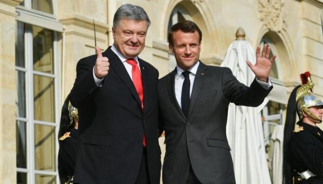 ポロシェンコ大統領、マクロン仏大統領と会談 再選後にノルマンディ首脳会合開催が行われると発言