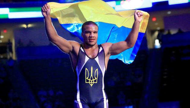 Жан Беленюк виграв для України