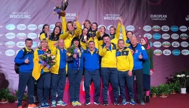 Жіноча збірна України стала кращою на чемпіонаті Європи з боротьби