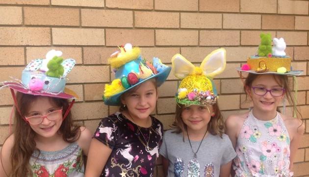 В Українській школі у Сіднеї пройшов Парад великодніх капелюхів