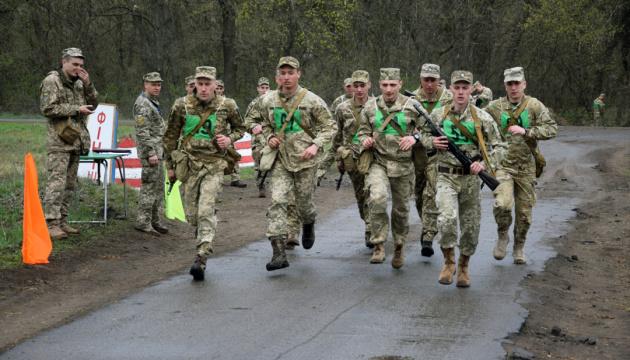 Запорізькі військові здобули першість у чемпіонаті з воєнізованого кросу