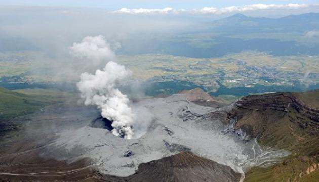 На півдні Японії відбулося виверження вулкана