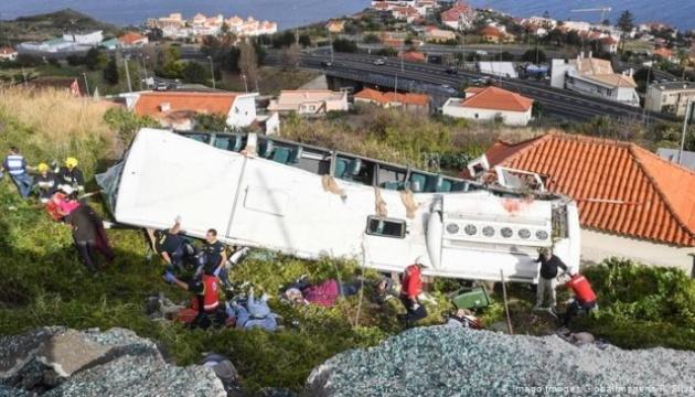 На Мадейре перевернулся туристический автобус, 29 погибших