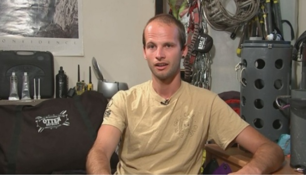 Дайвер, який врятував школярів у Таїланді, сам застряг у печері на 28 годин