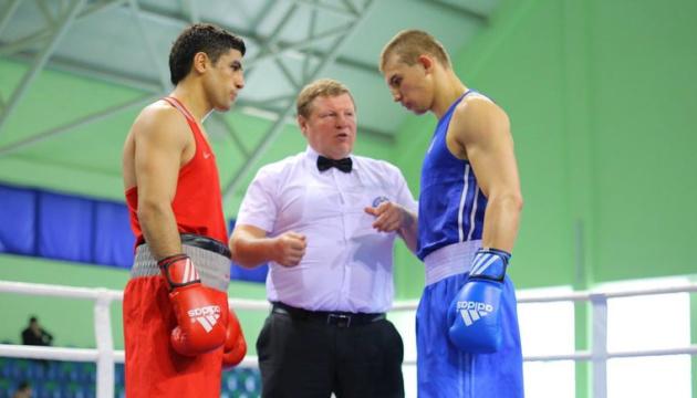 6 украинских боксеров пробились в 1/2 финала турнира в Тбилиси