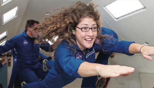 Женщина в космосе: астронавтка NASA продлила миссию до рекордных 328 дней