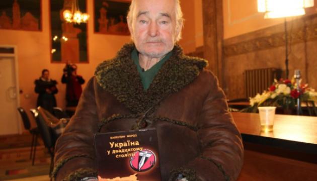 Дисидента Валентина Мороза поховали на Личаківському цвинтарі у Львові