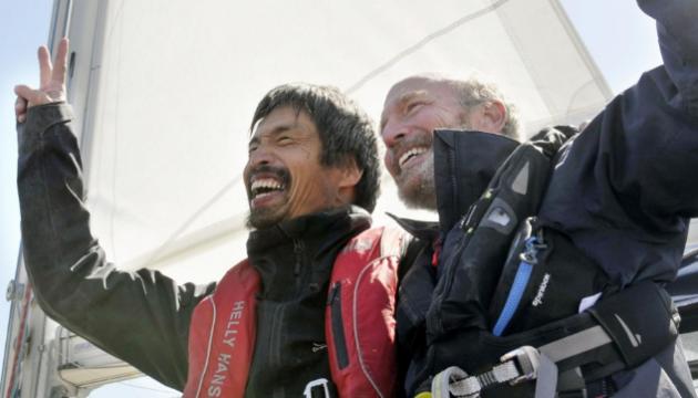 Слепой японец в одиночку на яхте пересек Тихий океан