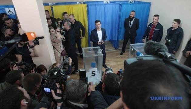 Зеленський проголосував на Оболоні у Києві
