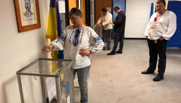 На виборах Президента України відкрилася остання дільниця - у Сан-Франциско