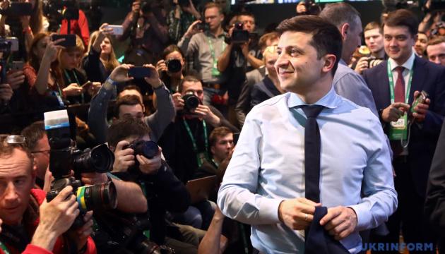 Zelensky gets 73.2% of vote, Poroshenko 25.3% in presidential run-off – National Exit Poll