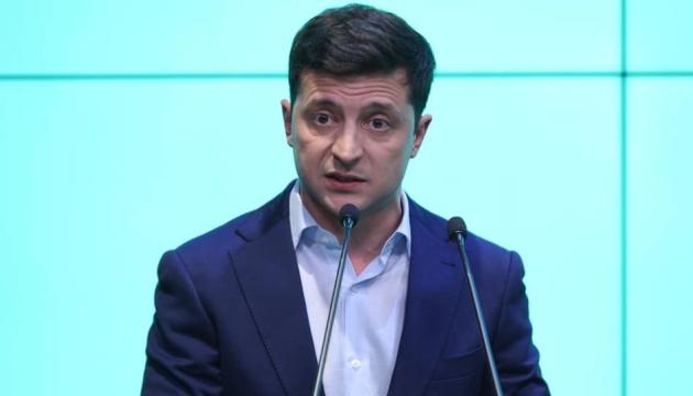 Зеленський звинувачує ЦВК у затягуванні оголошення результатів виборів