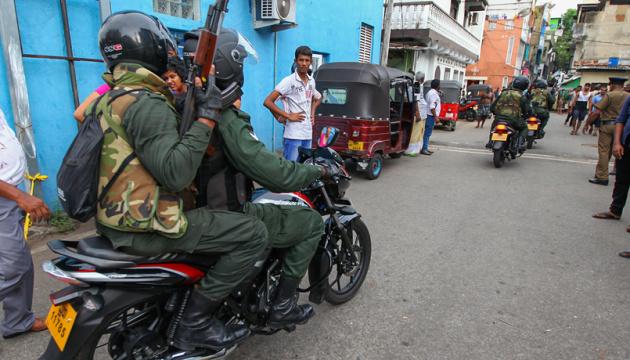На Шрі-Ланці знайшли бомбу в ресторані