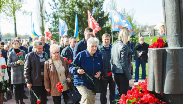 У Вінниці вшанували пам'ять загиблих від Чорнобильської катастрофи