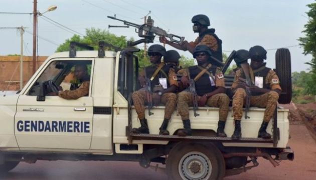 У Буркіна-Фасо терористи напали на церкву, є загиблі