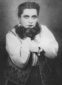 У ролі Гальки в однойменній опері Станіслава Монюшка