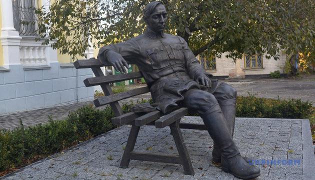 Пам'ятник Симону Петлюрі у Вінниці