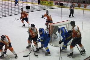 Наши хоккеисты снова «на грани»