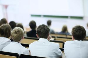 Не более 10 студентов в группе: МОН не исключает проведения сессий в вузах с 1 июня