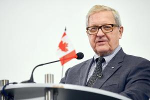 Выборы в Украине соответствовали международным стандартам - ексглава МИД Канады