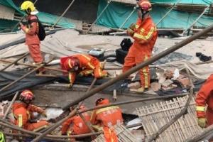 Обвалення даху автосалону в Шанхаї: загинули п'ятеро людей