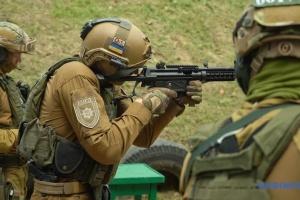 З новою зброєю для українських поліцейських не все чисто