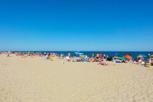 Півсотні дітей із Луганщини відпочили на Чорному морі