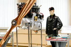 Музейные сокровища: бандура, черновик, самаритянка и авиадвигатель