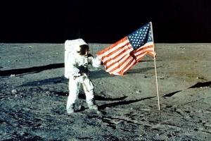 Космическая гонка миллиардеров, или На что богатые в Америке тратят деньги