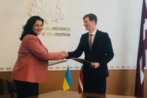 Ucrania y Letonia acuerdan fortalecer la cooperación en muchos ámbitos