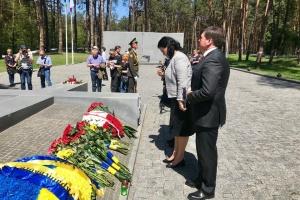 Климпуш-Цинцадзе обурена дифірамбами Сталіну в РФ