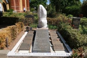 Німці пам'ятають своїх жертв радянських політичних репресій