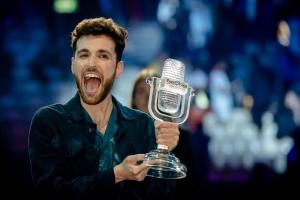 Победитель Евровидения прилетел в Нидерланды