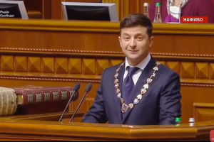 Новий Президент заявляє, що готовий втратити посаду заради миру на Донбасі