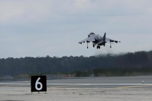 У США розбився літак морської піхоти, пілот вижив
